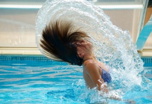 swimming-pool-hair