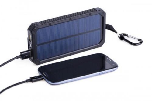 batterie-externe-solaire