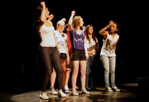 cours-theatre-enfants-montigny-bretonneux-78