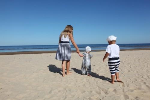 famille-vacances-plage-mer-1