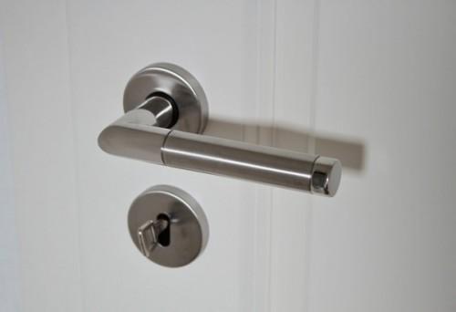 door-handle-625942_640