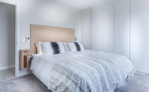 modern-minimalist-bedroom-3486163_960_720