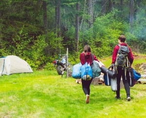couple-camping